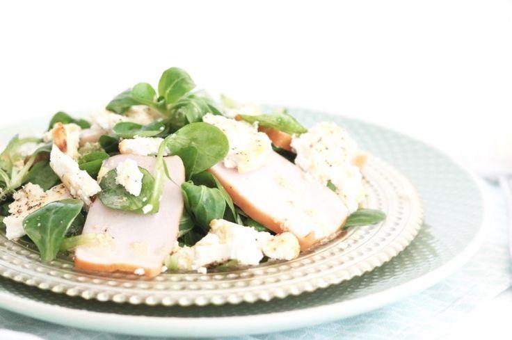 Gebakken ricotta salade met gerookte kip – 5 OR LESS