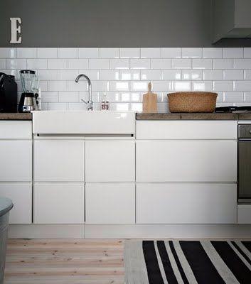 #kitchen #white #tile