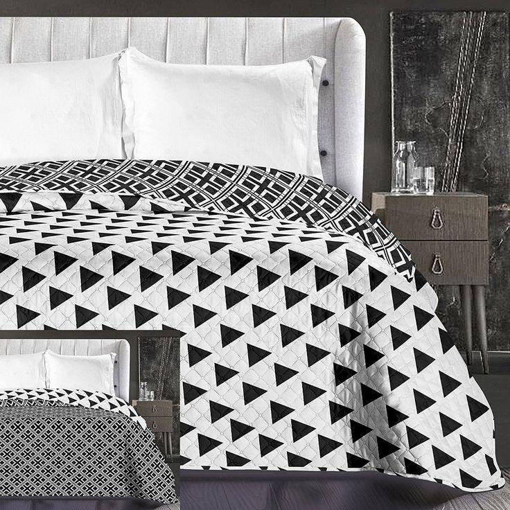 Biely obojstranný prehoz na posteľ s trojuholníkmi
