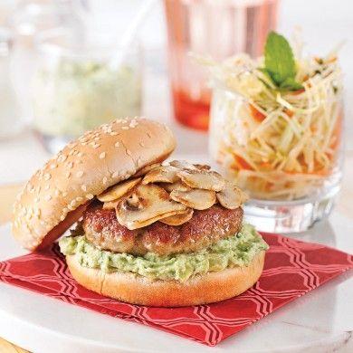 Burgers de veau aux champignons et purée d'avocat - Recettes - Cuisine et nutrition - Pratico Pratique