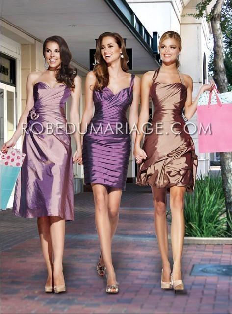 Robe demoiselle d'honneur pas cher sans bretelle sur mesure Prix : €88,99 Lien pour cette robe : http://www.robedumariage.com/robe-bretelle-au-cou-mi-longue-decoree-de-plis-robe-de-demoiselle-d-honneur-product-2517.html   -45% sur tous les produits immanquable !!!!