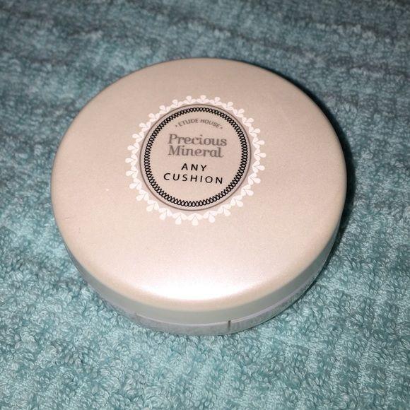 Etude House foundation cushion❤️ used once, medium beige shade Etude House Makeup
