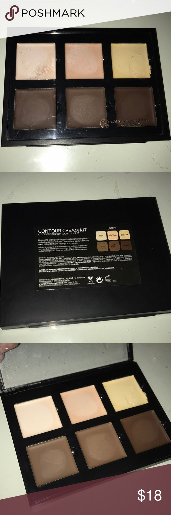 ANASTASIA BEVERLY HILLS CREAM CONTOUR KIT IN LIGHT • Never used, only swatched • Authentic!  • Nothing wrong with product, I never cream contour • Bundle to save!  • Please allow 24-48 hours to ship • NO TRADES • Price is reasonable and FIRM Anastasia Beverly Hills Makeup Bronzer