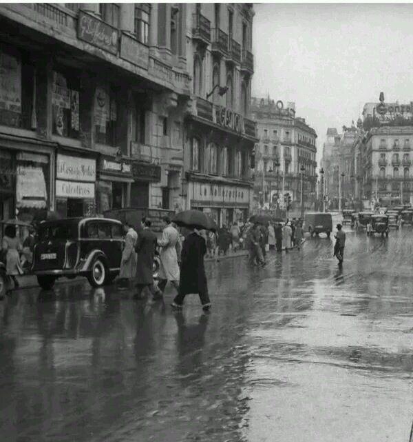 Mayor esquina a Sol. 1930.