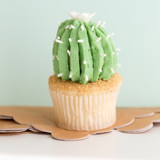 Learn how to make this adorable cactus cupcake with this video tutorial!