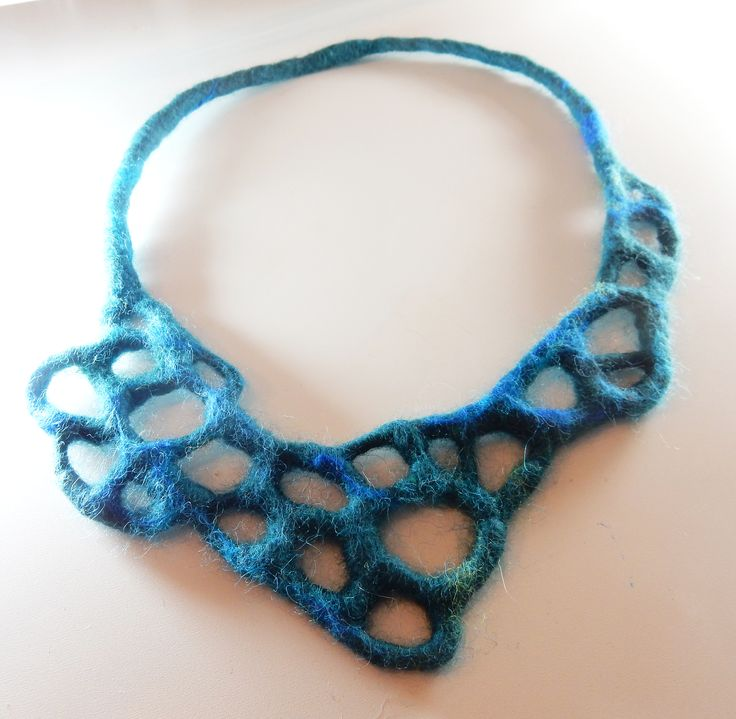 wet and needlefelted necklace. Own design july 2015  Geskea Andriessen