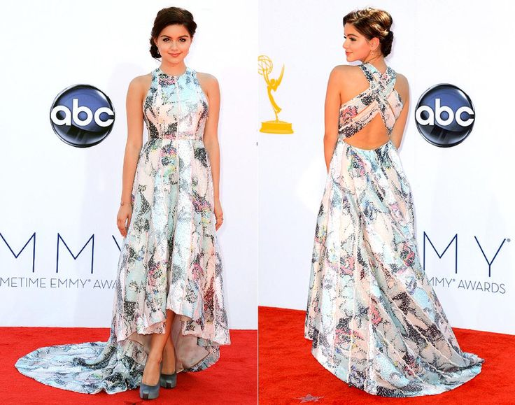 "... Although props go to Gould's ""Modern Family"" co-star Ariel Winter, who looks far more mature than her 14 years let on in this patterned gown by designer Katharine Kidd."