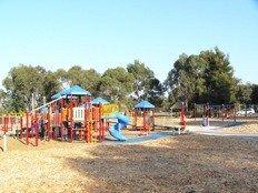 Lillydale Lake Playground