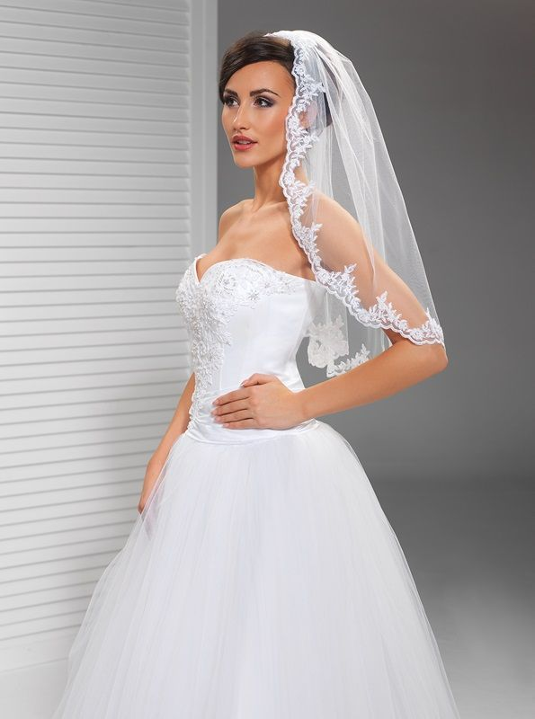 Závoje | krajkový svatební závoj 80 cm | Levné svatební šaty, svatební šaty levně - prodej