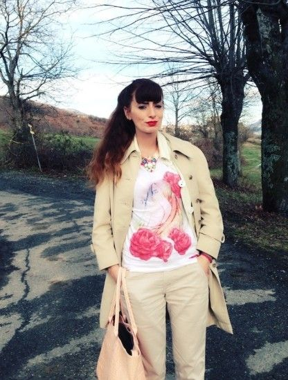 FANTASY GRAPHIC AND VINTAGE TRENCH by fashionamy on @STYLIGHT