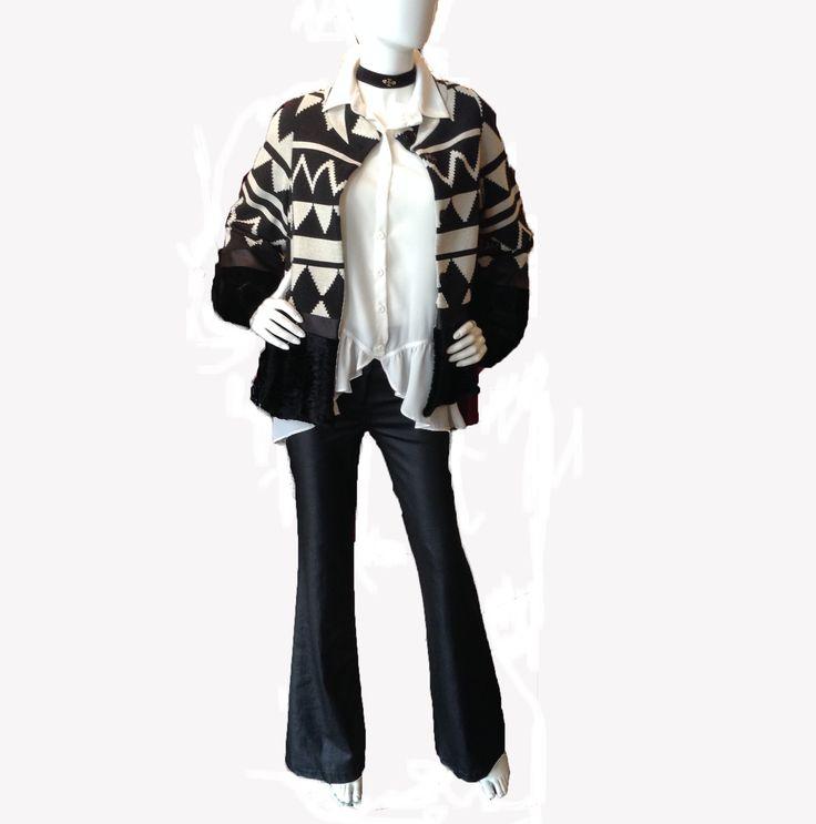 Black and white casual look Τώρα -25% Δείτε το στο www.primadonna.com.gr