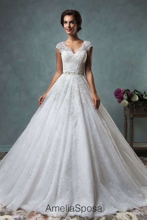 LOVE Wedding dress Dominika - AmeliaSposa