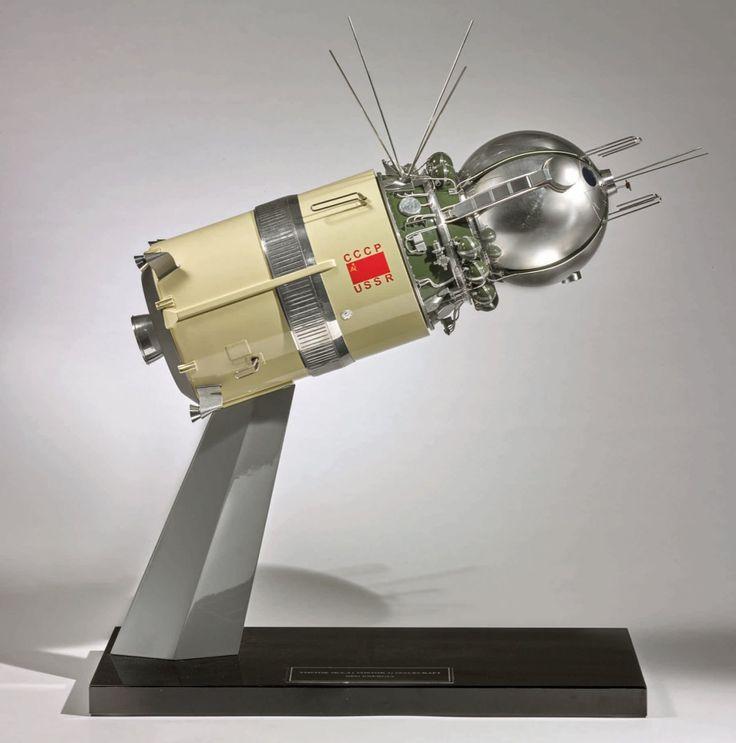 vostok-1-spacecraft-model - Dünya Halleri