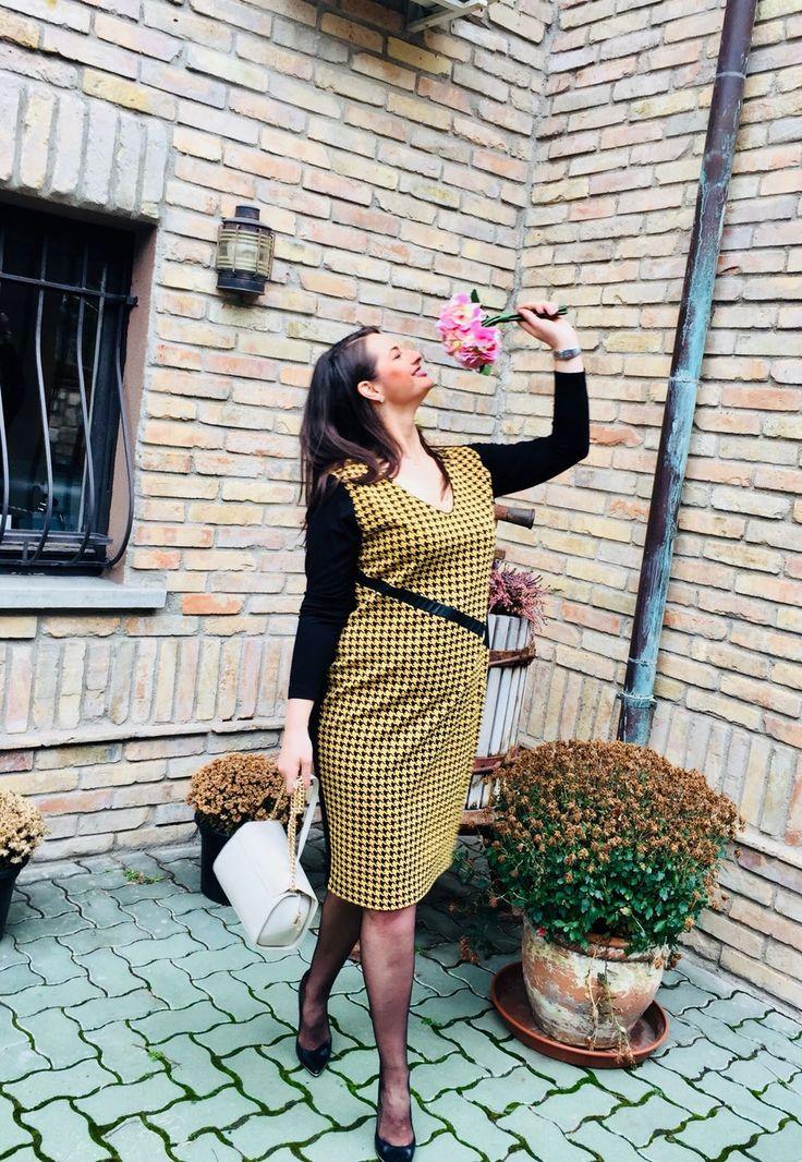 Friday Look. 👌🏼By Caremo.hu #adelalupse #adelalupsemodel #caremo #style #fashion #office #casual #elegant #love #life #smile #happiness #fashionblogger #followme #curvymodel #plussize #model #supertips