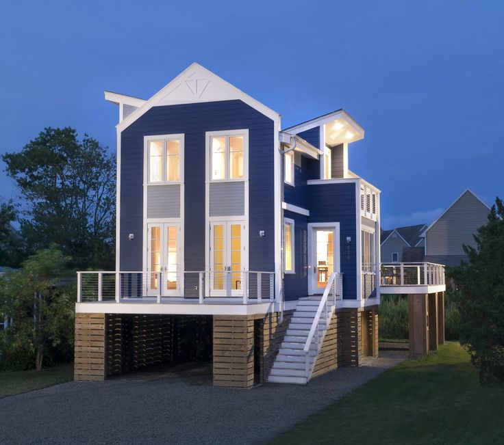 The New Beach House: Two Pretty Cool Houses | Contemporary Small ...
