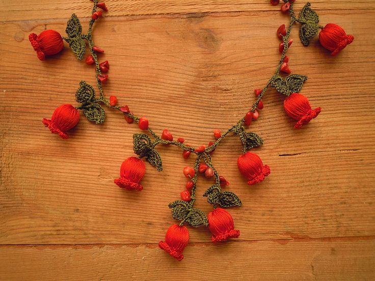 crochet necklace wih red flowers $22 https://www.etsy.com/shop/PashaBodrum?ref=si_shop