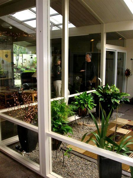 25 best atrium ideas on pinterest atrium garden for Atrium garden window