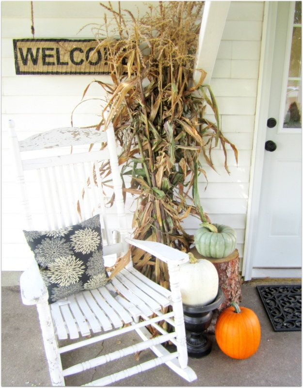 Fall front porch holidays fall decor pinterest Beautiful fall front porches
