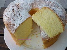 La famosa torta americana o canadese sicuramente la conoscete già ma io ve la propongo con un altro tipo di farina ho usato la semola rimacinata al posto d