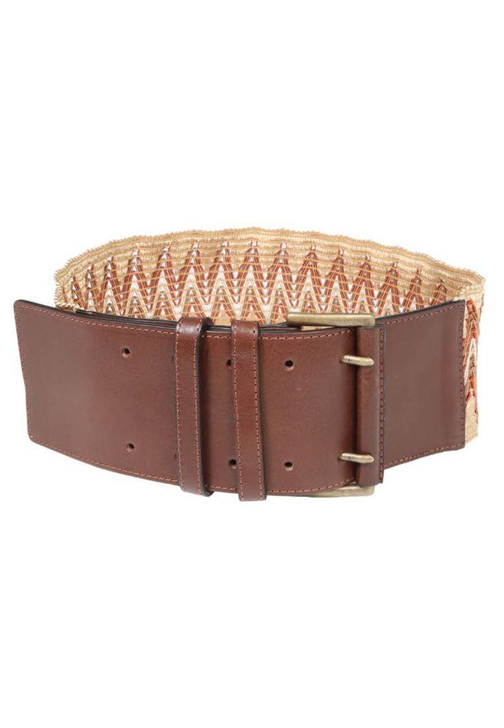 WEEKEND MaxMara. EDERE - Cintura - marrone. #cintura #cinture #vitaalta #zalandoIT #fashion Composizione parte posteriore:100% elastan. Composizione:100% Pelle. Lunghezza:66 cm nella taglia S. Chiusura:Fibbia. Larghezza:8 cm nella taglia S