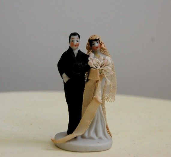 Artist Wedding Cake Toppers : 335 best Wedding Cake Toppers images on Pinterest ...