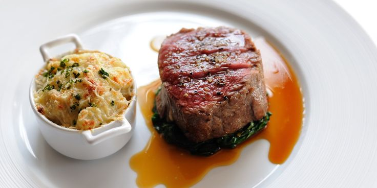 This luxurious beef fillet recipe from esteemed British chef, Matthew Tomkinson, should be enjoyed in winter when Jerusalem Artichokes are in season