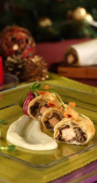 Christmas kulebyak with salmon