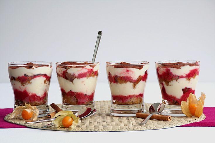 Himbeer-Tiramisu, ein gutes Rezept aus der Kategorie Dessert. Bewertungen: 35. Durchschnitt: Ø 4,2.