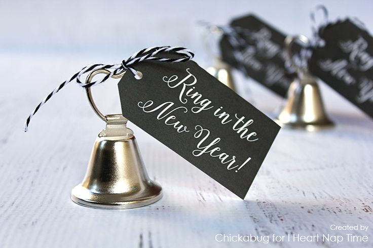 """""""Ring in the New Year"""" free printables on iheartnaptime.com"""