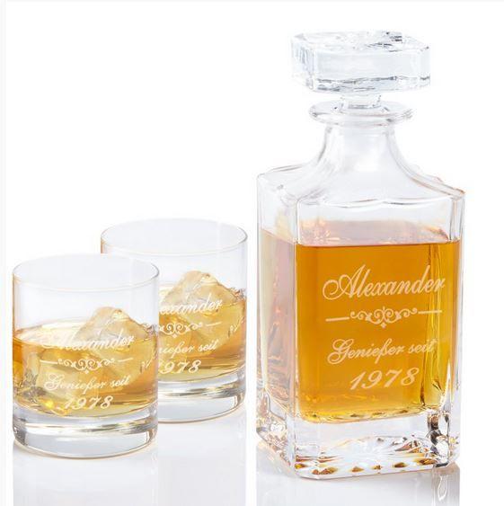 whiskykaraffe mit gravur m nner geschenke pinterest alkohol geschenke whisky geschenk. Black Bedroom Furniture Sets. Home Design Ideas