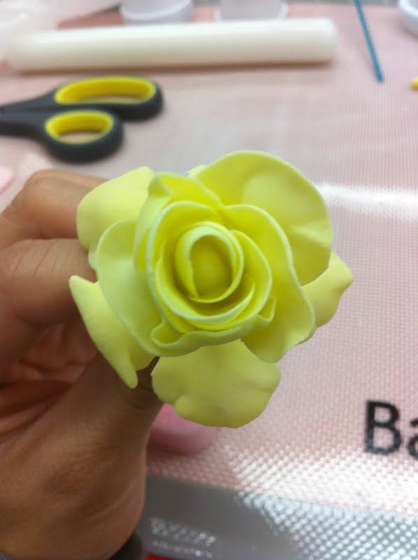 Cake Decorating Flowers How To Make
