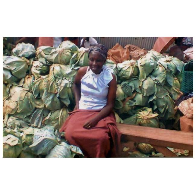 This is Sarah, a married woman with two children living in Kenya. She received a micro loan and with its help, she will buy cabbages and set up a shop to sell them. Her goal in the future is to own her own truck for transporting cabbages. Sending BIG love and oodles of success in your business, Sonia! #SocialSelling #SocialChange #ChangingTheWorld