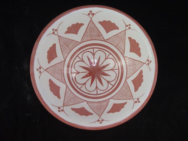 **Milet işi seramik , çanak formu, renkli astar(kütahya astar+demir oksitli) dekorlu, ...
