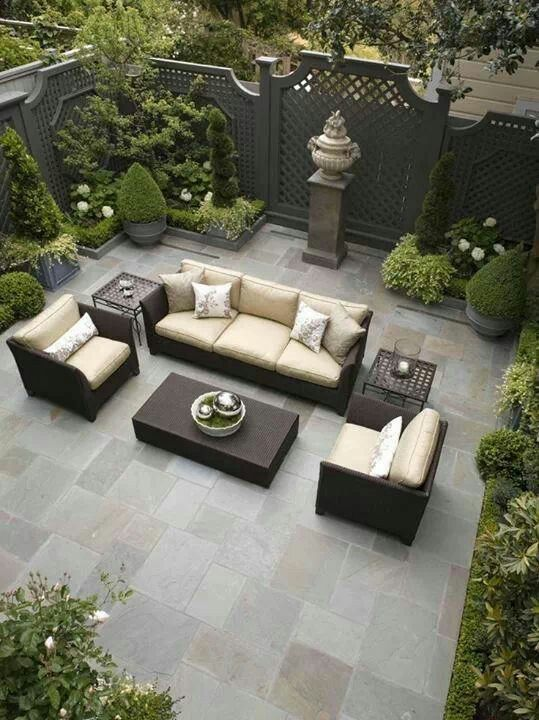 Gorgeous patio in every way!!  Black is a very sophisticated color if used correctly.