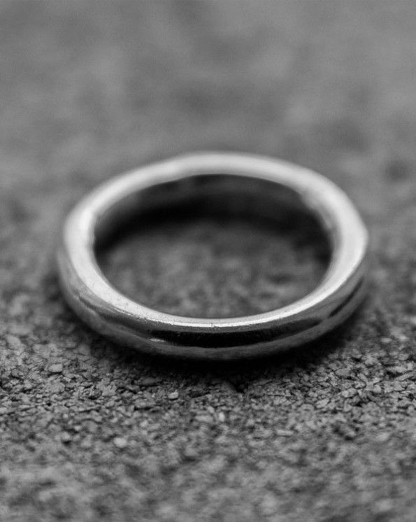 Ring 2 800 kr Ring in 925 sterling silver.