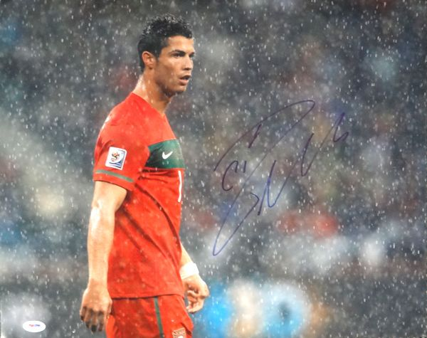 Cristiano Ronaldo Autographed 16x20 Photo Real Madrid PSA/DNA Stock #63686