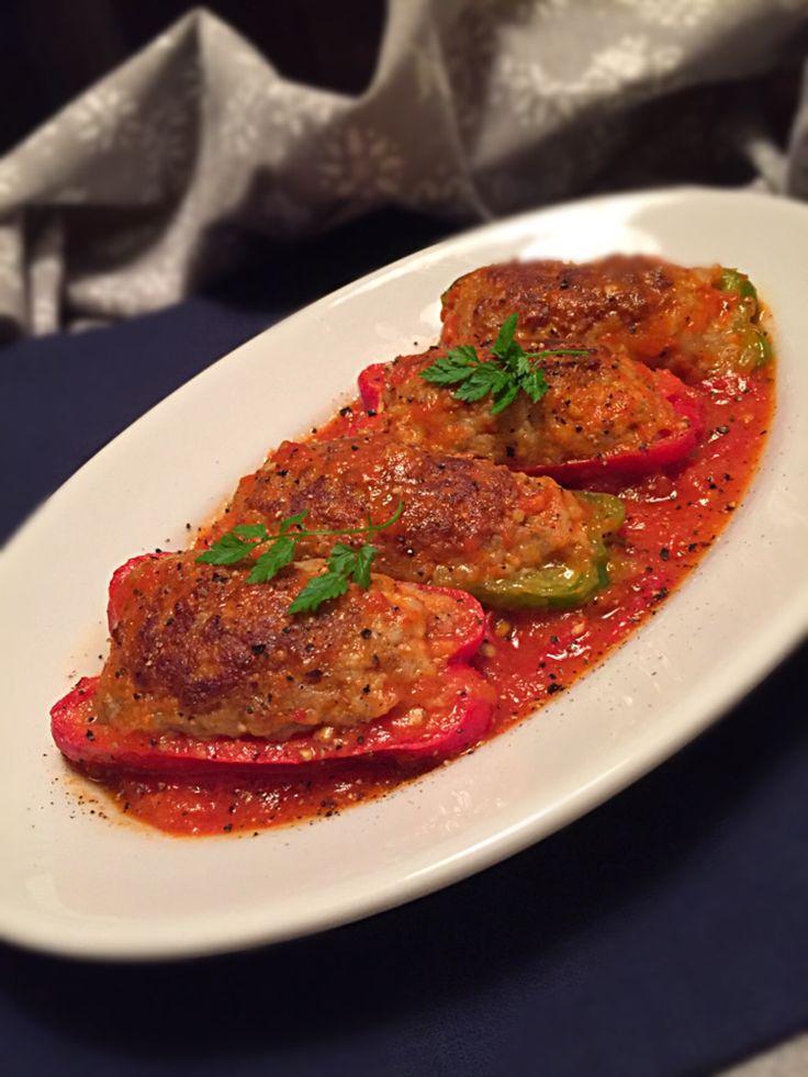 チョッパー ホヌ's dish photo みきおちゃんのピーマンの肉詰めトマト煮  美味しかった   灬    灬   http://snapdish.co #SnapDish #レシピ #おつまみ #焼く/炒め物 #肉料理 #野菜料理 #クリスマス