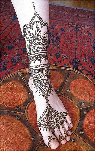 henna for a customer's foot | by HennaLounge