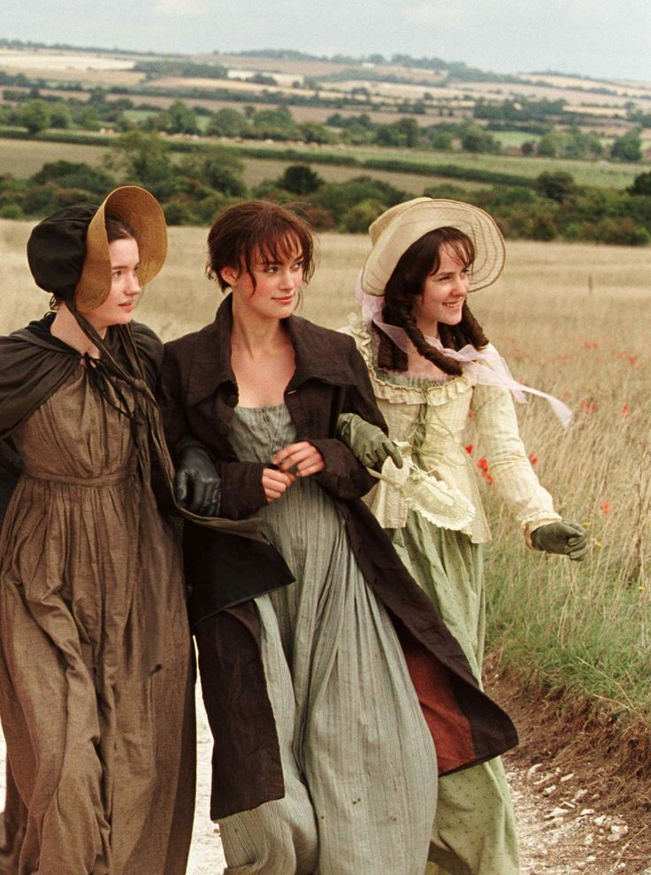 Talulah Riley (Mary Bennet), Keira Knightley (Elizabeth Bennet) & Jena Malone (Lydia Bennet) - Pride & Prejudice (2005) #janeausten #joewright
