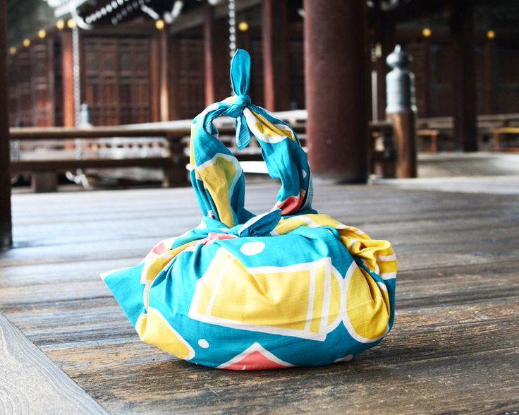 Stoff japanische Motive - Kokeshi Puppe Furoshiki japanischen Wickeltuch L - ein Designerstück von ecowrapping bei DaWanda