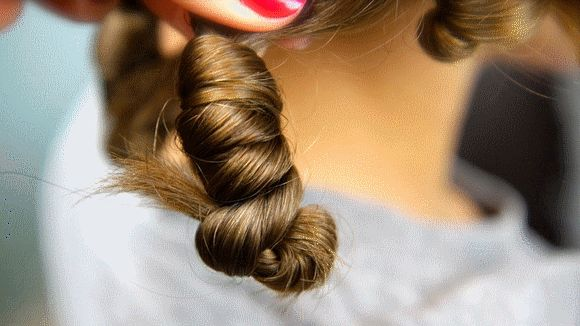 How To Curl Hair Without Tools