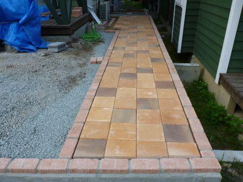DIYで庭作り レンガの敷き方(施工編 part2)