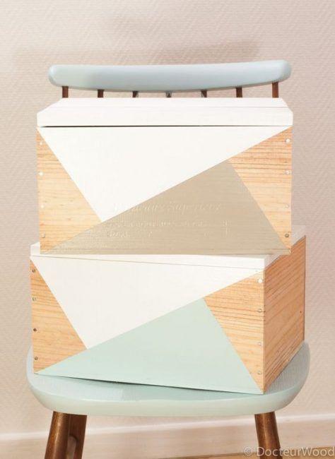 Cajas de madera con figuras geométricas