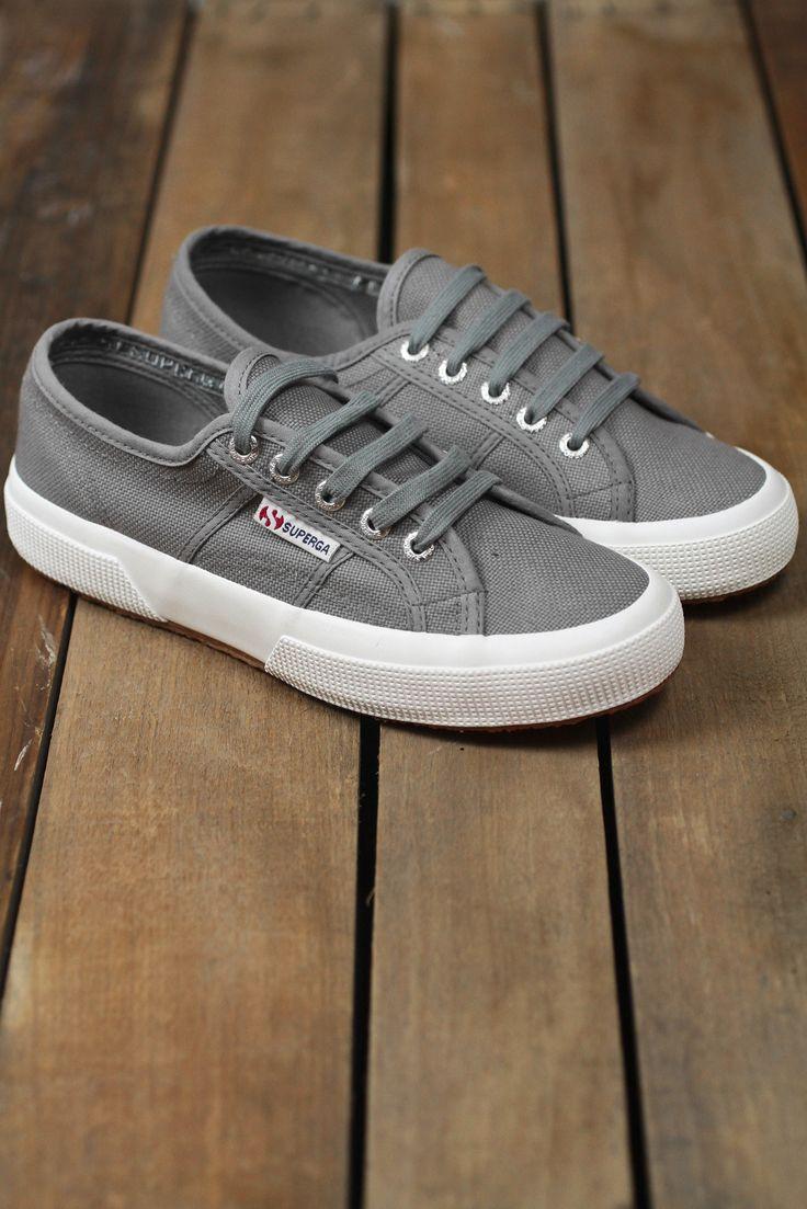 SUPERGA Classic 2750 'Cotu' Sneaker