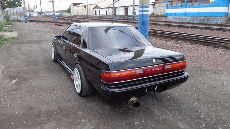 TOYOTA CHASER JZX81
