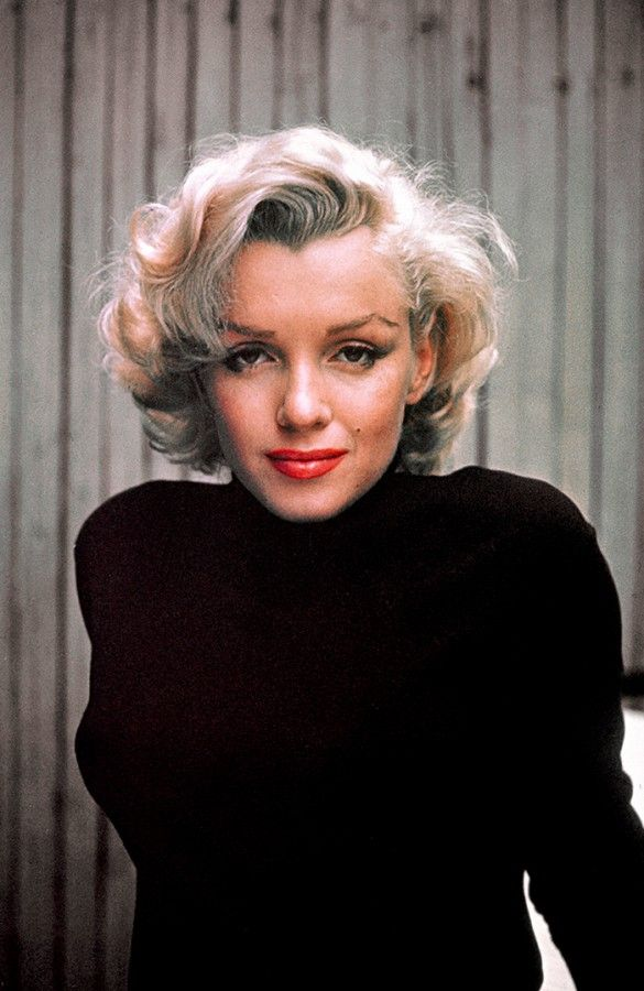 Marilyn Monroe had a personal library of over 400 books, and studied literature at UCLA