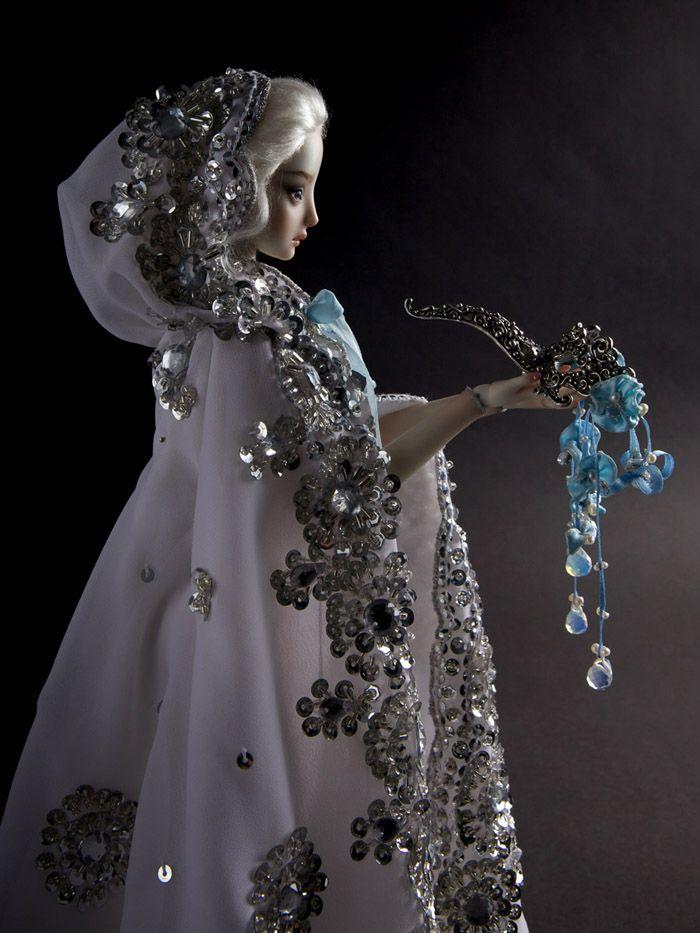 La Tristesse des Poupées de Porcelaine de Marina Bychkova (5)