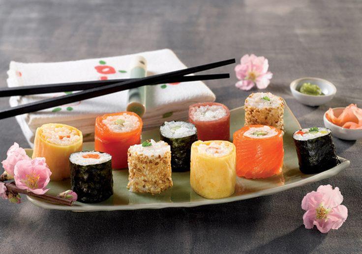 Maki avocat / saumon fumé kit sushi party Tupperware - https://www.facebook.com/LesCharlottesdeTupperware/?ref=aymt_homepage_panel