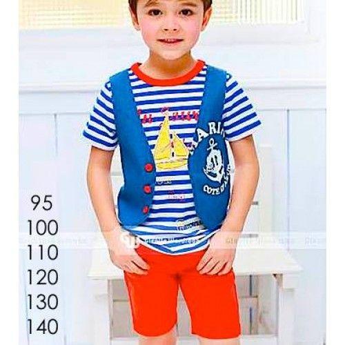 """Setelan pakaian anak laki-laki dengan kaos stripe bergambar ship LA dengan rompi yang melekat dikaos bahan denim jeans biru marin cote d""""azur dengan celana bahan merah berkantong 4 buah. Model terkini fashion boy in the world Merk: GW Bahan: kaos berompi denim melekat, celana bahan Termasuk: kaos, celana 95 Lebar […]"""