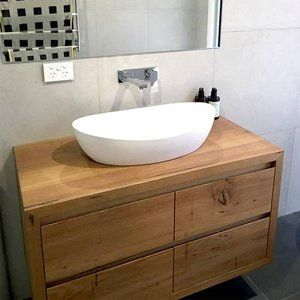 Beautiful 4 drawer low feature recycled Messmate timber vanity installed in client's home. Looks amazing! #timbervanity #vanity #bathroom #bathroomideas #recycled #recycledmessmate #wood #interiordesign #modernbathroom #bomboracustomfurniture #madeingtown